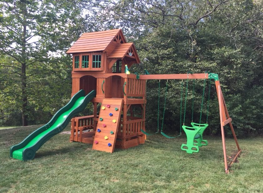 Swing set assembly Kansas City by Recreation Installations